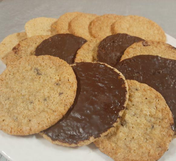 Galletas de avena, coco y chocolate